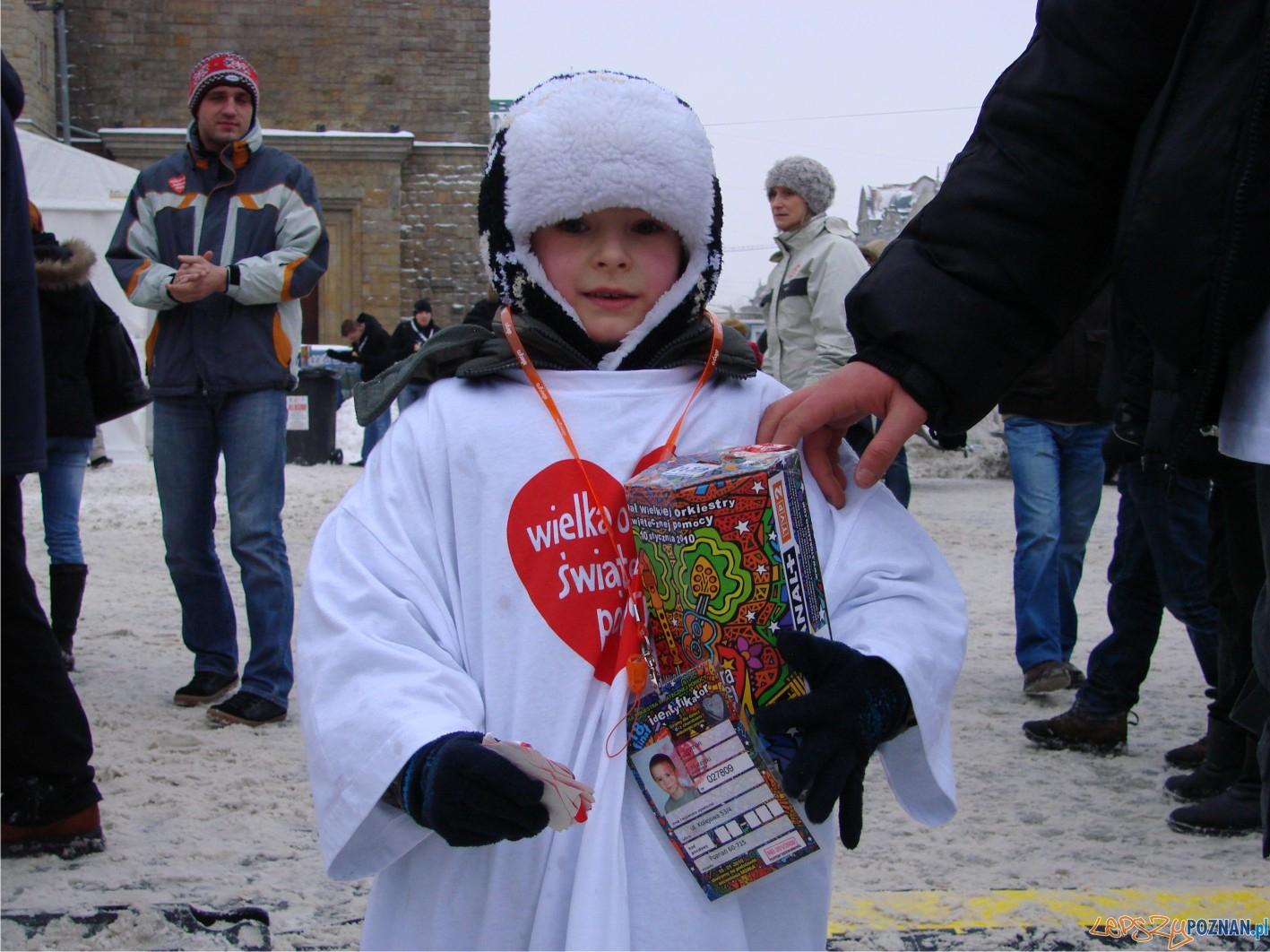 na Placu Mickiewicza - jeden z najmłodszych wolontariuszy :)  Foto: