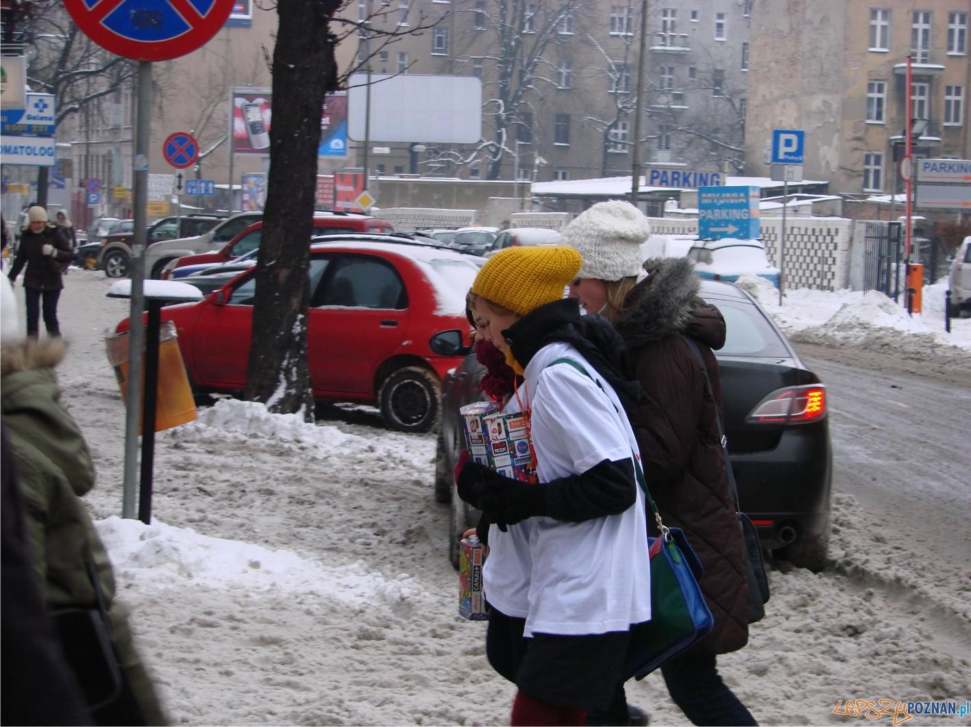 wolontariusze na Półwiejskiej  Foto: