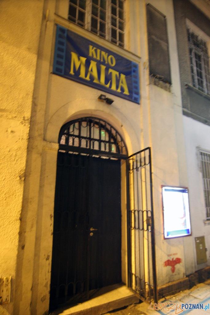 Ostatni seans w Kinie Malta przy ulicy Filipińskiej - 9/10.05.2010 r.  Foto: Piotr Rychter