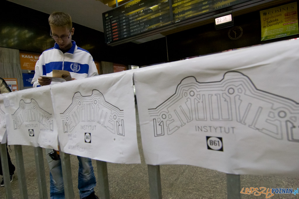 Wielkie Zderzenie - Instytut B61 - Poznań Dworzec Główny 4.10.2010 r.  Foto: Piotr Rychter