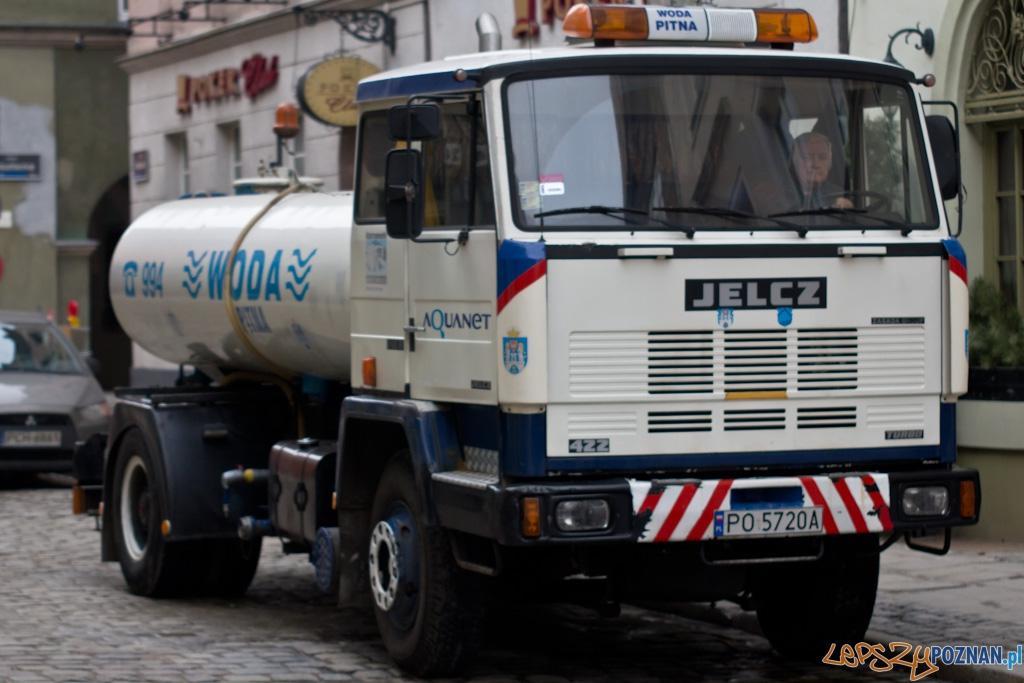 Awaria wody na Klasztornej  Foto: lepszyPOZNAN.pl / Piotr Rychter