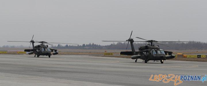 Black Hawki na warszawskim lotnisku  Foto: Lotnisko Chopina