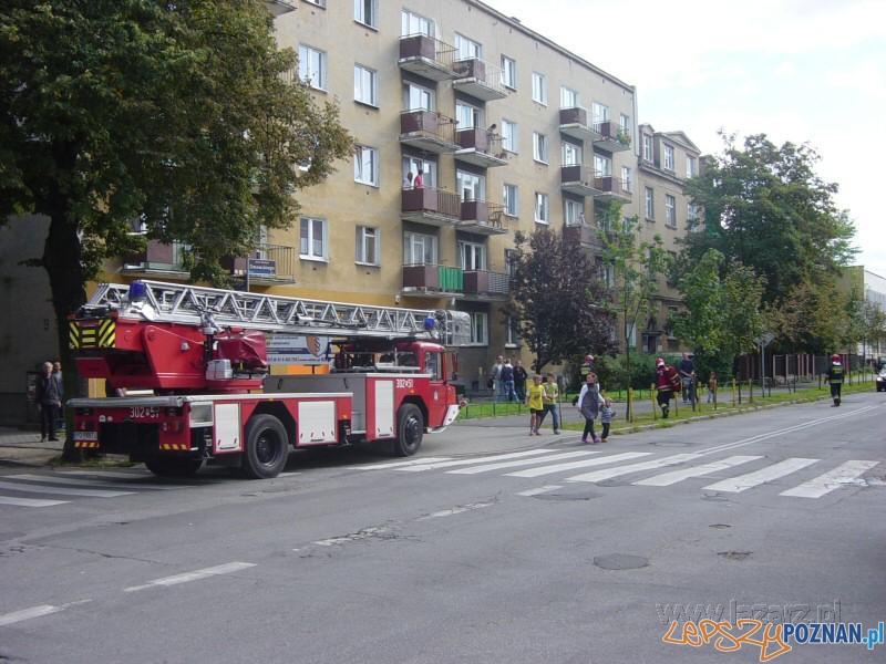 Dwie ofiary pożaru na Łazarzu  Foto: lazarz.pl