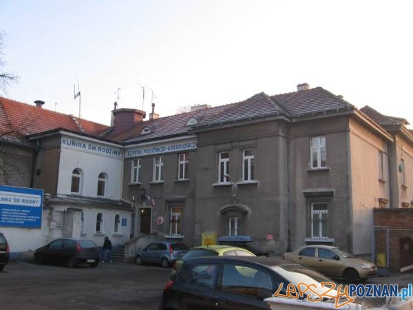 Jarochowskiego 18 - Klinika św. Rodziny - przed remontem - 01  Foto: IDP