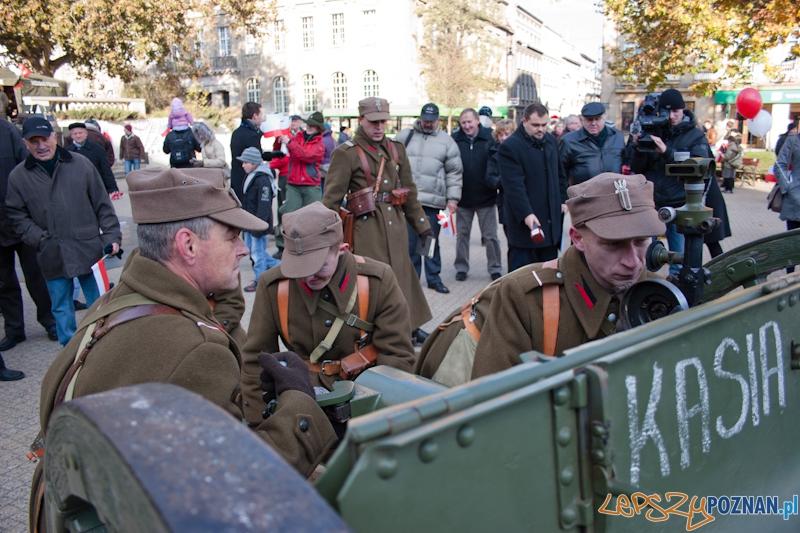 Obchody dnia niepodległości - Plac Wolności - Poznań 11.11.2011 r.  Foto: LepszyPOZNAN.pl / Paweł Rychter