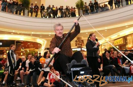 Charytatywne wiosłowanie  Foto: http://www.mojadruzyna.pl/