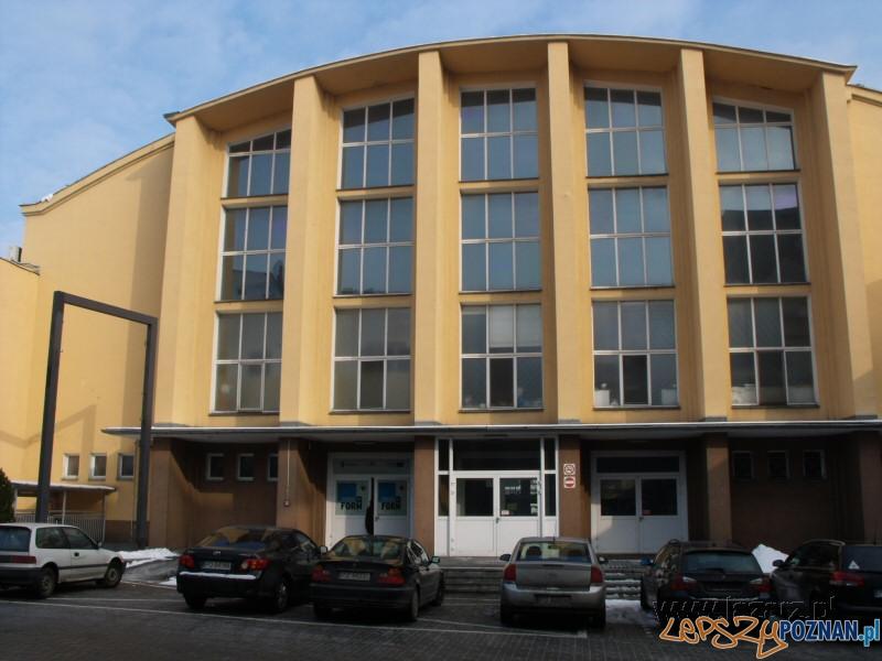 School of Form  Foto: lazarz.pl