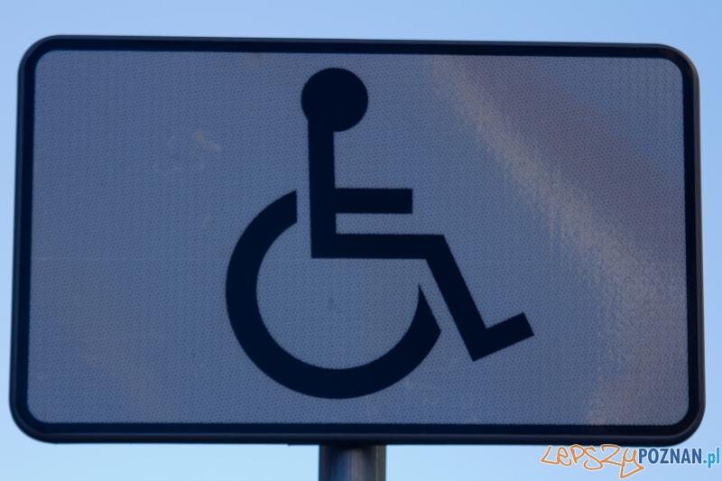 Miejsce dla inwalidy  Foto: lepszyPOZNAN.pl / Piotr Rychter