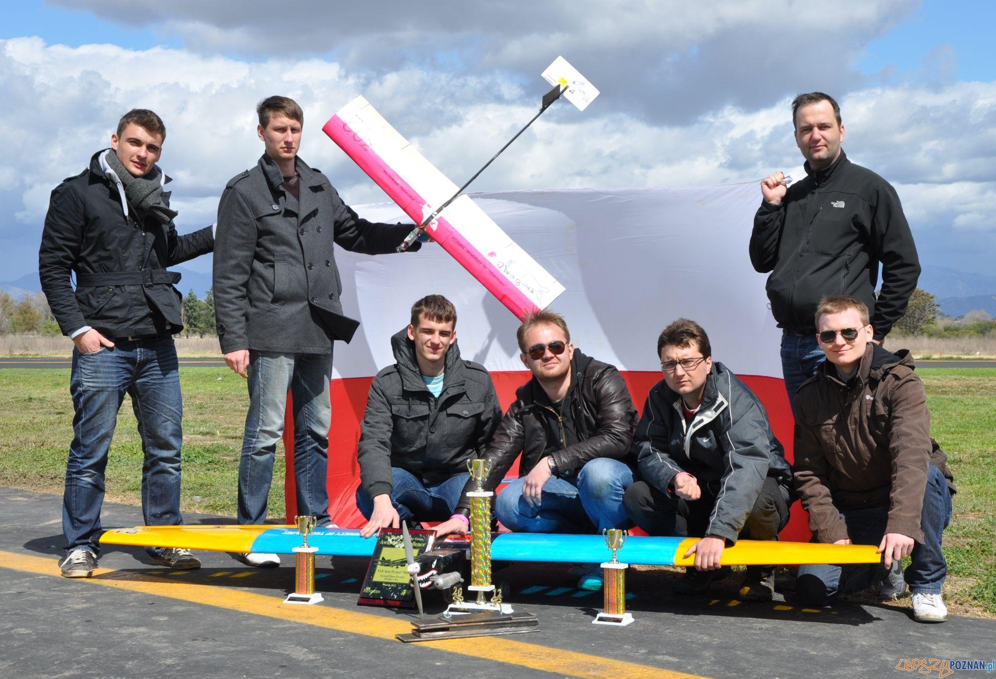 Studenci z Politechniki na zawodach AeroDesign  Foto: Studenci z Politechniki na zawodach AeroDesign