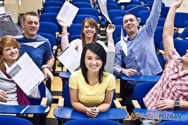 Studenci Wyższej Szkoły Bankowej  Foto: materiały prasowe