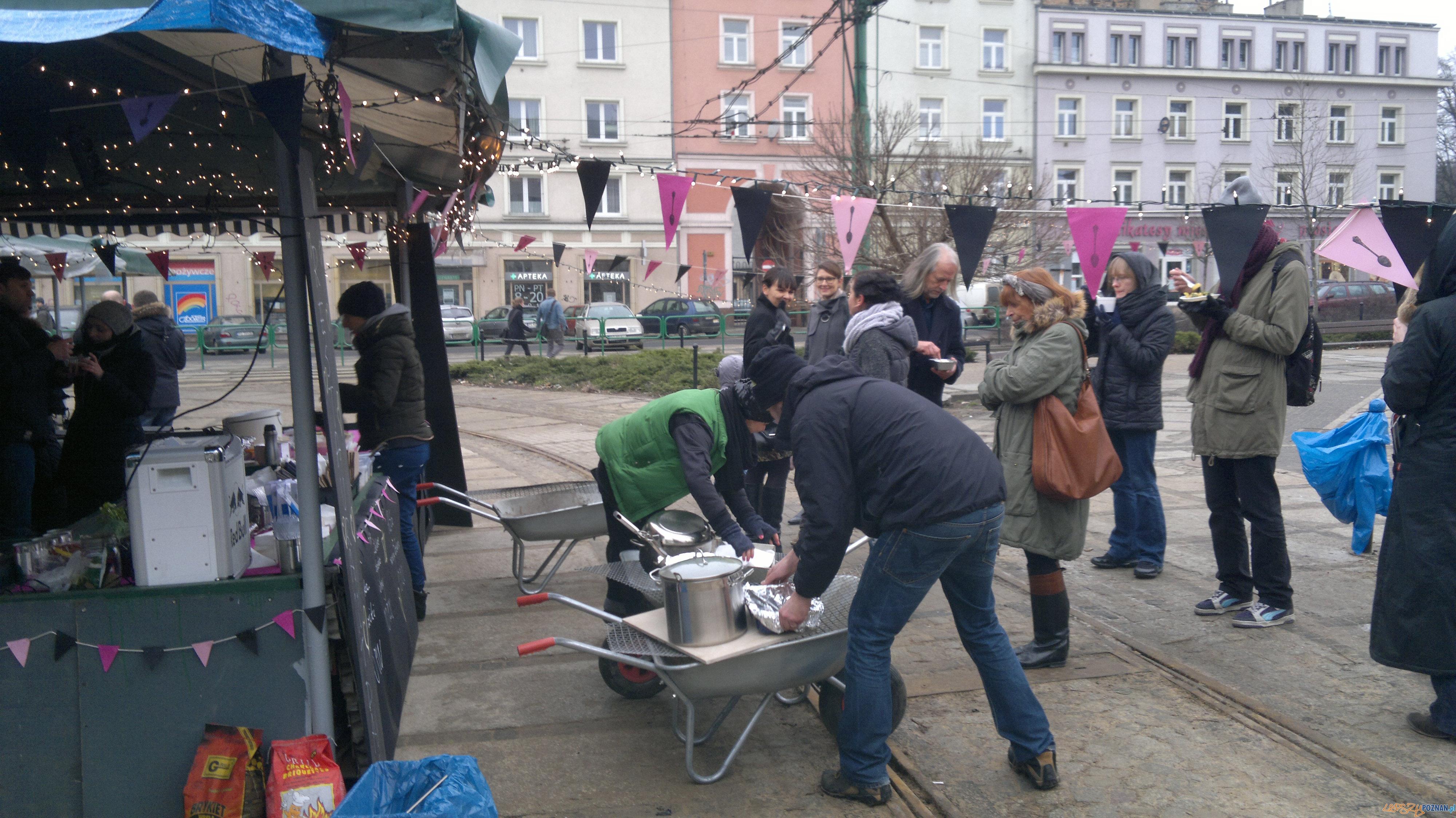 Restaurant Day na Placu Wielkopolskim (2)  Foto: TD