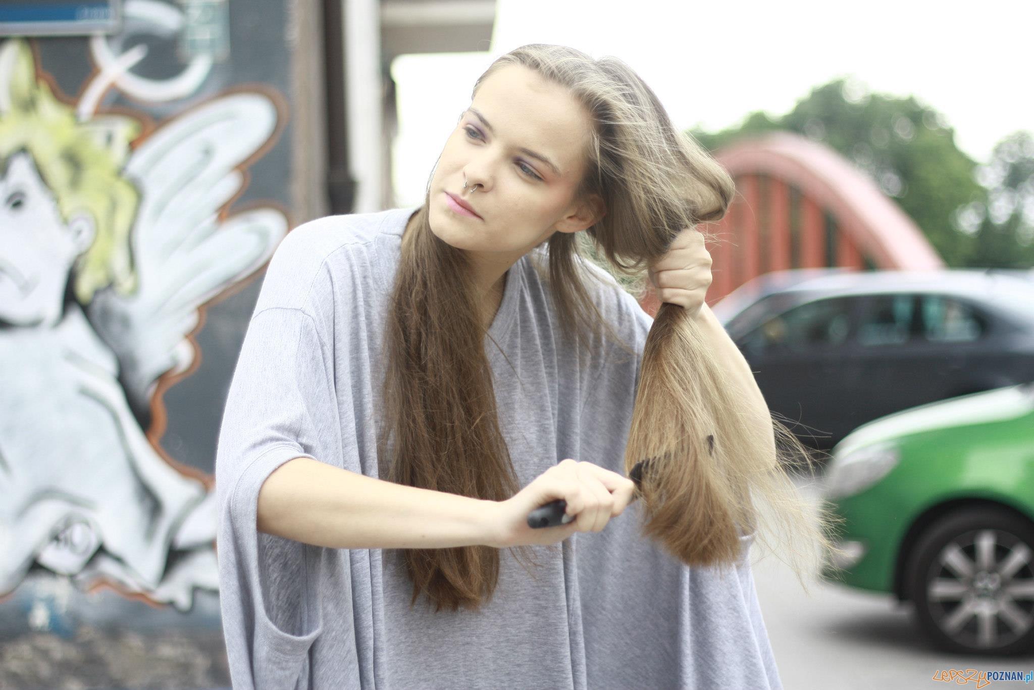 Zuza Kołodziejczyk podczas przygotowań do sesji zdjęciowej  Foto: Natalia Majchrzak