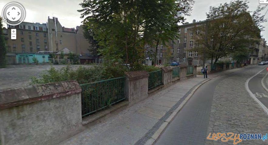 Lokalizacja planowanego parkingu wielopoziomowego - Za Bramką  Foto: google.maps