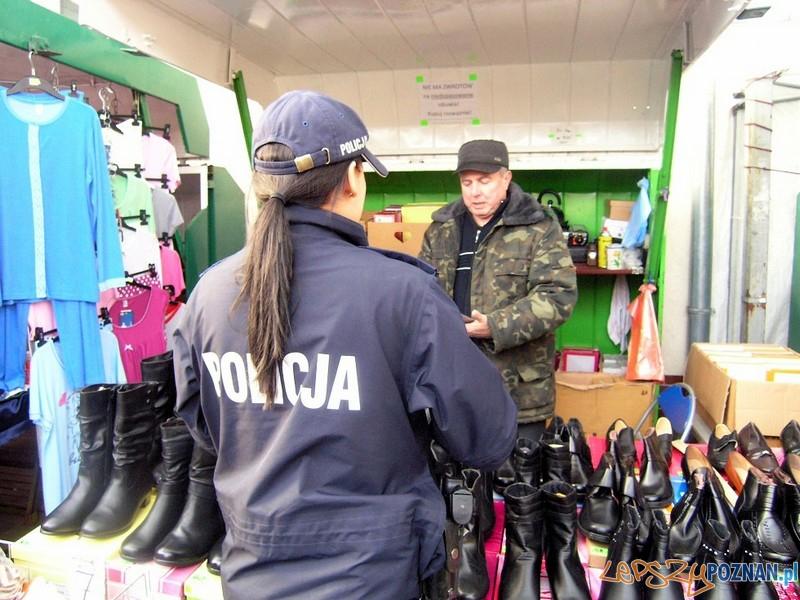 policjantki na Nowym Mieście  Foto: KW Policji w Poznaniu