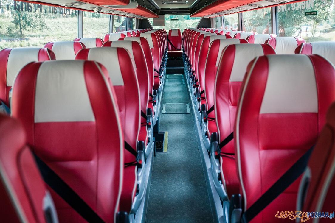 ADL Plaxton Elite na podwoziu Volvo B11 R_1   Foto: materiały prasowe