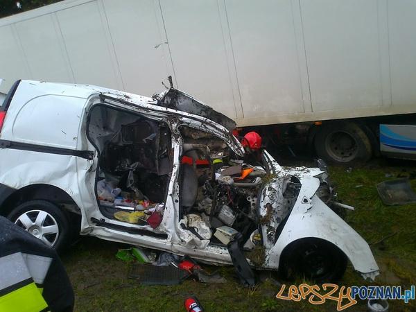 Śmiertelny wypadek w Kajewie  Foto: PSP / mł.ogn. Mariusz Glapa, str. Sylwester Chwałkowski