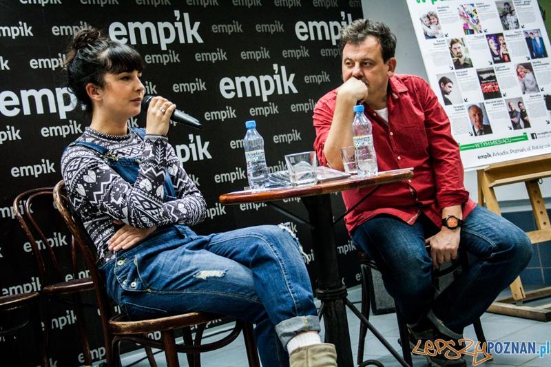 Marcelina w Empiku (29.10.2014)  Foto: © LepszyPOZNAN.pl / Karolina Kiraga