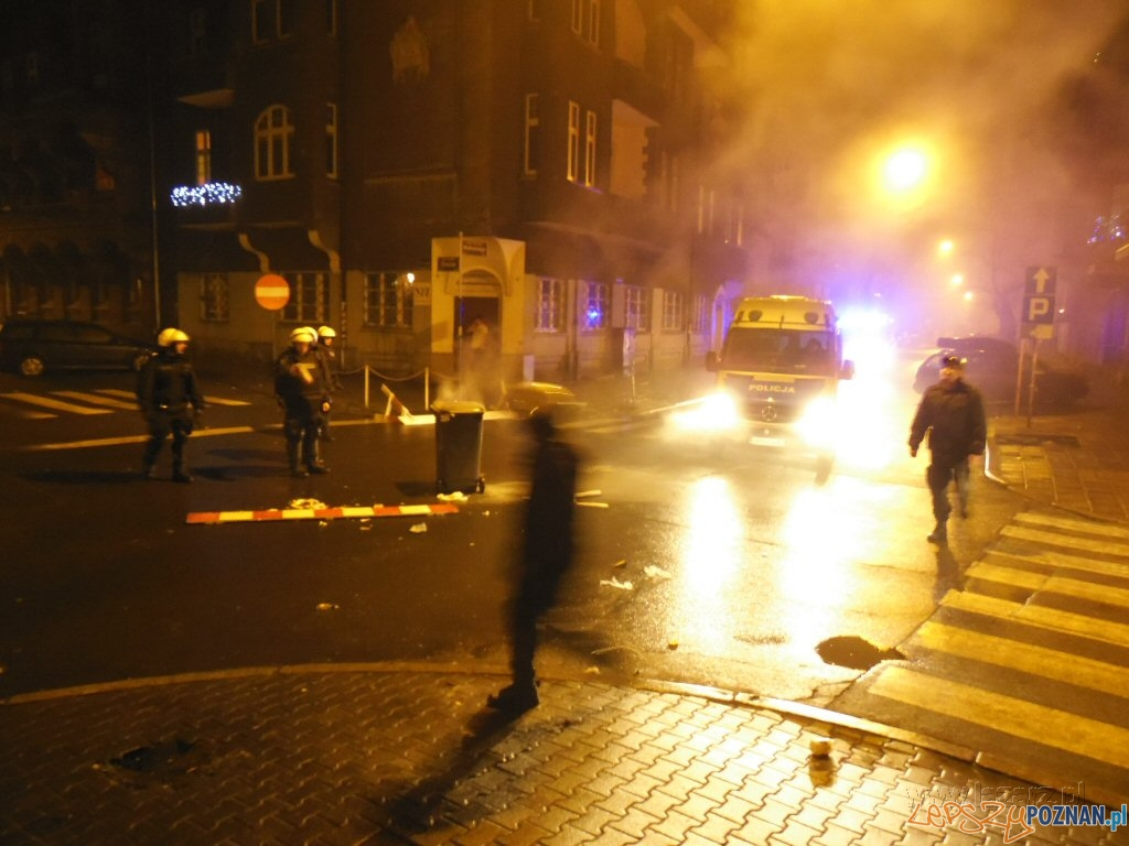 Zatrzymania po sylwestrowej nocy na Małeckiego  Foto: lazarz.pl / Janusz Ludwiczak