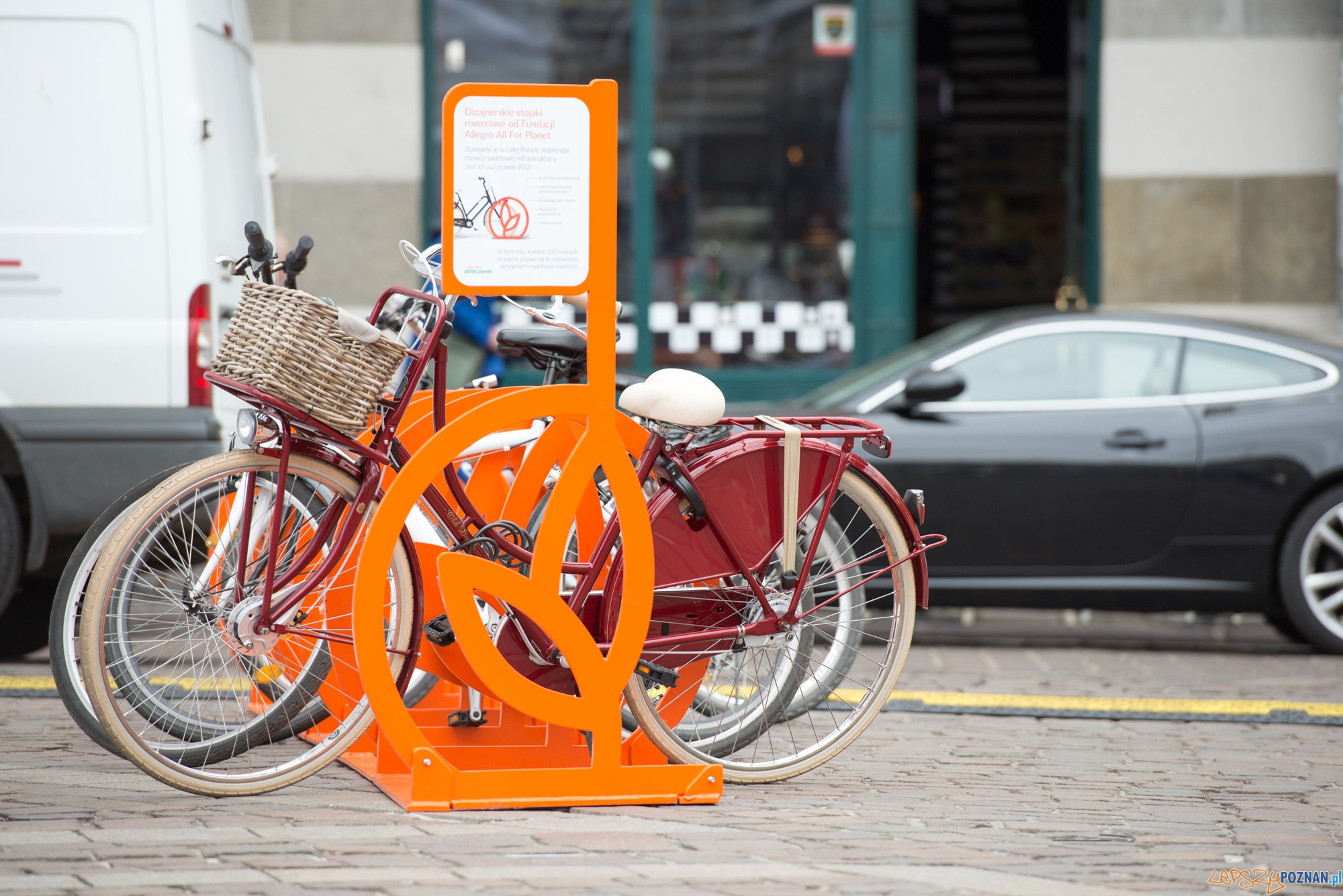 Poznaniacy wykręcili sobie rowerowe stojaki  Foto: mat. prasowe