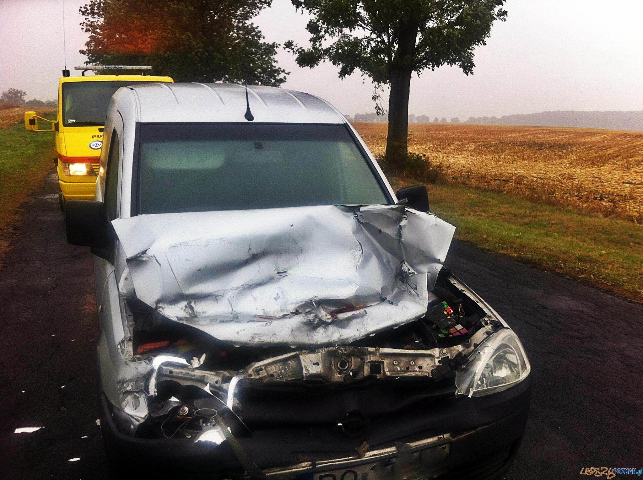 Wypadek pod Wierzonką  Foto: Pomoc Drogowa EuroHol Poznań 503-604-400
