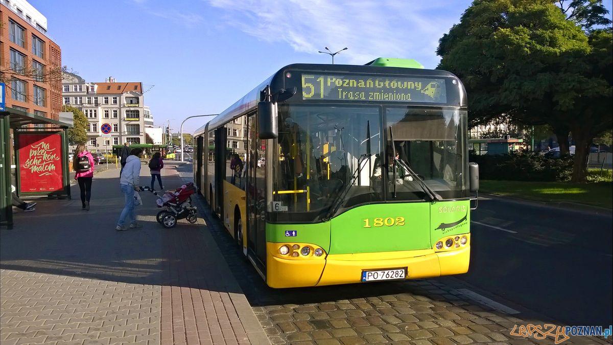 Autobus 51 na Garbarach  Foto: Tomasz Dworek