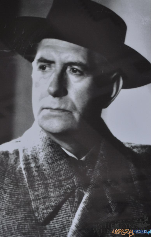 A. B.. Ciechański