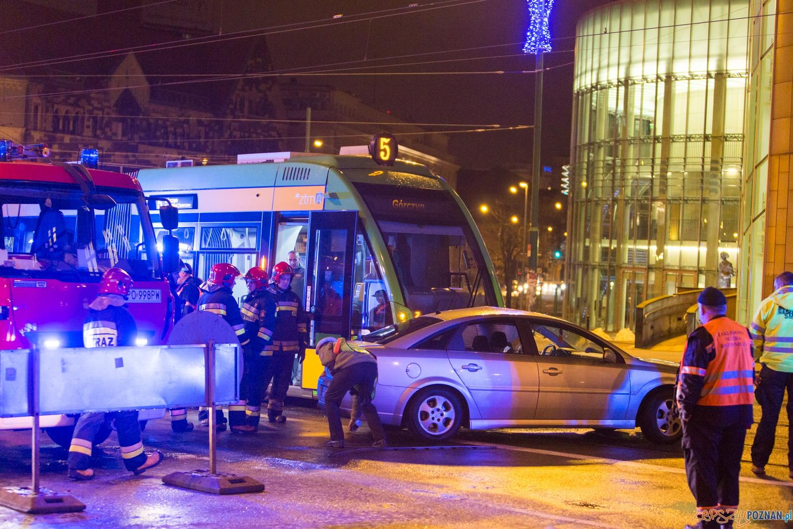 Wypadek na ulicy Święty Marcin  Foto: lepszyPOZNAN.pl / Piotr Rychter