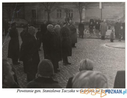 Powitanie generała Taczaka na Rynku w Gostyniu  Foto: gaso-gostyn.pl