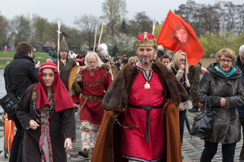 1050-lecie Chrztu Polski - uroczystości na Ostrowie Lednickim  Foto: lepszyPOZNAN.pl / Katarzyna Stawecka