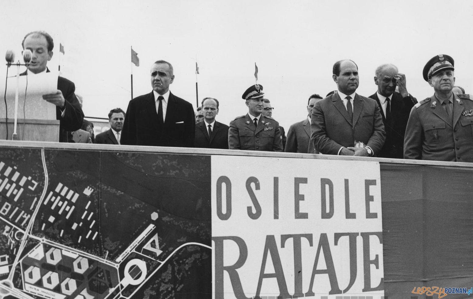 Wmurowanie aktu erekcyjnego pod budowe osiedli na Ratajach - 1967  Foto: Jerzy Unierzyński / Cyryl