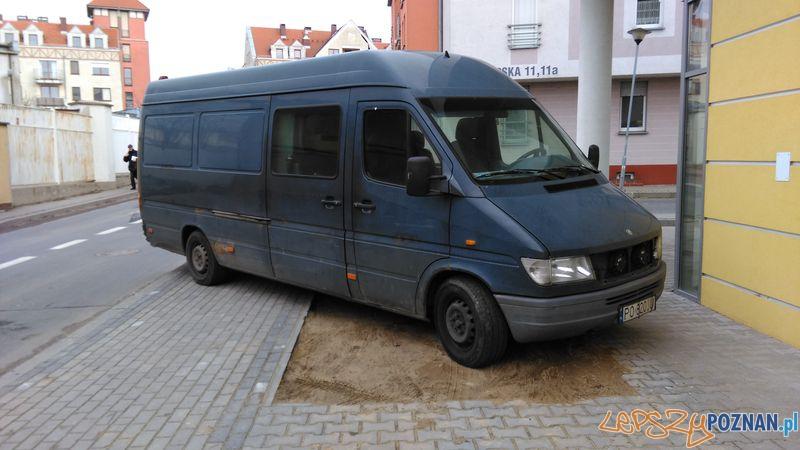 zle parkowanie 3  Foto:
