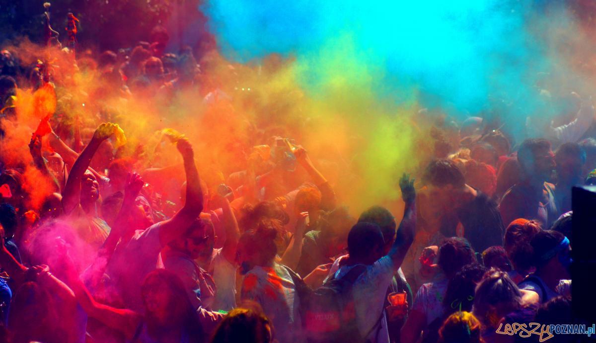 Kolorowa parada na otwarcie Malty  Foto: Chedly / Artonik / materiały prasowe