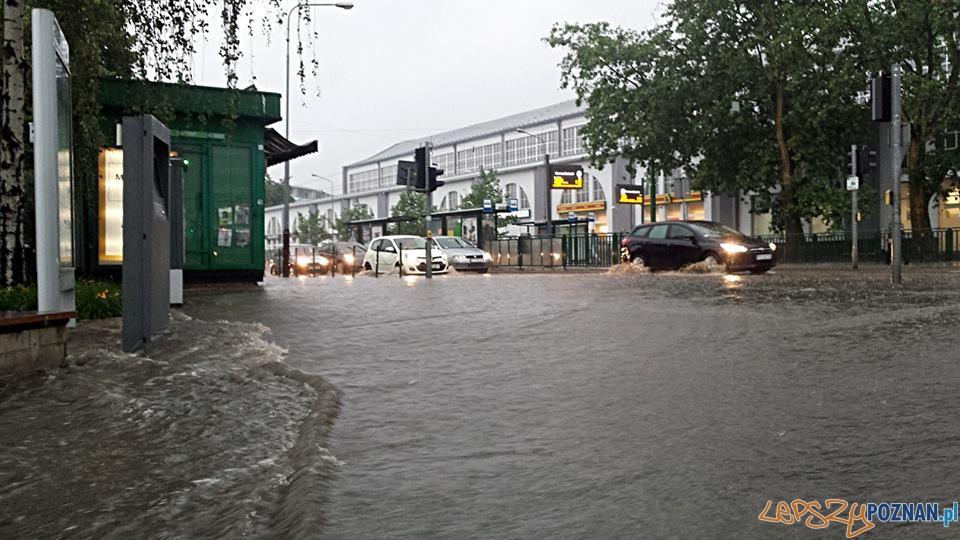 Lało ja z cebra – wuchta ulic zalana  Foto: Jarek Sobierajewicz