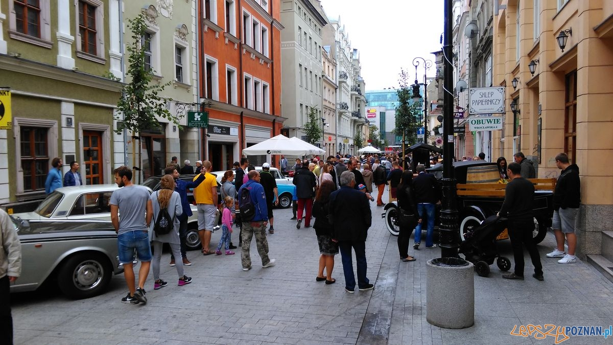 dni-starego-miasta-zabytkowe-samochody-na-wroclawskiej-fot-t-6  Foto: