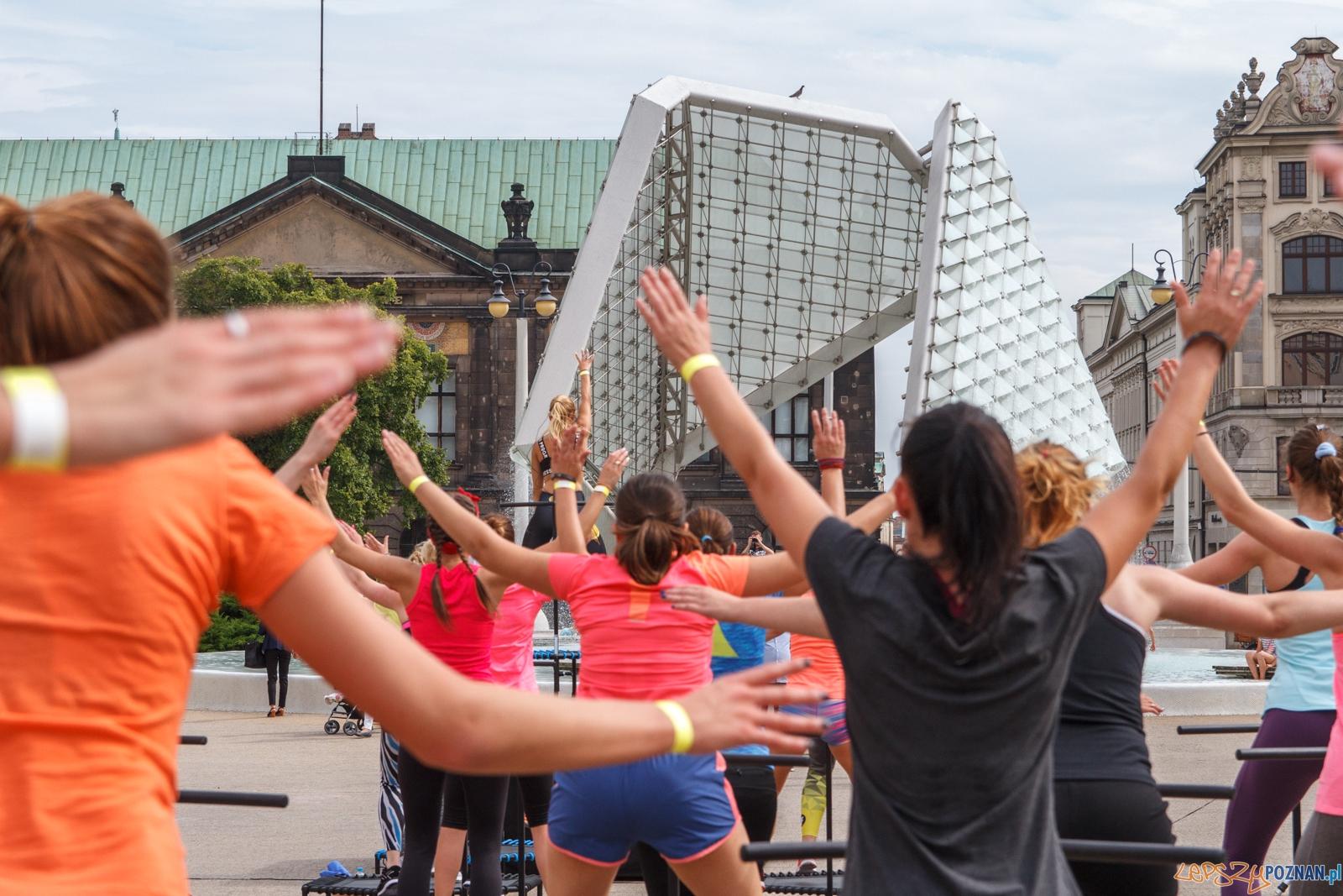 50 trampolin na Placu Wolności - Poznań 04.09.2016 r.  Foto: LepszyPOZNAN.pl / Paweł Rychter