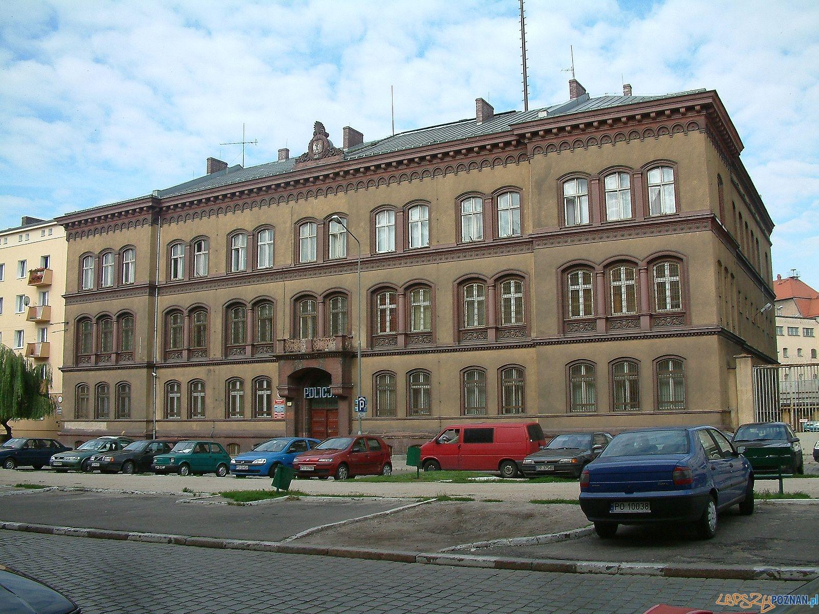 Komisariat Policji Stare Miasto  Foto: Radomil / wikipedia