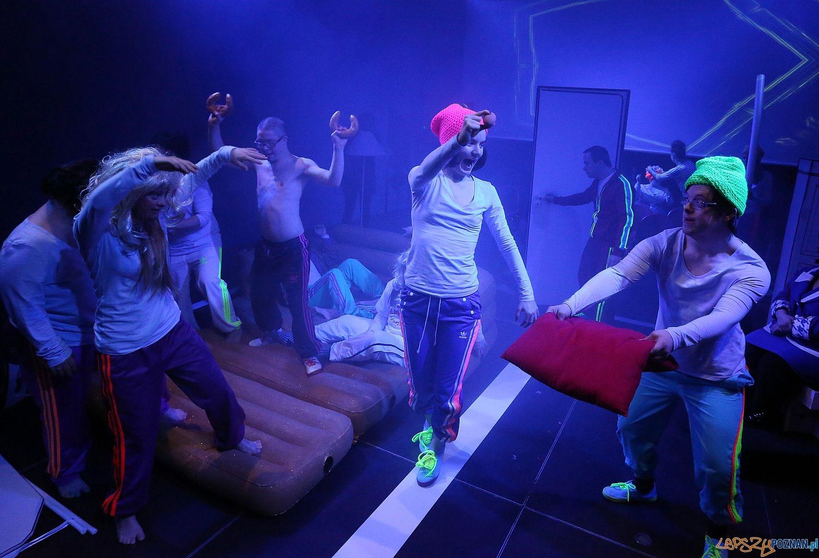 Klauni - Teatr 21  Foto: CK Zamek - materiały prasowe