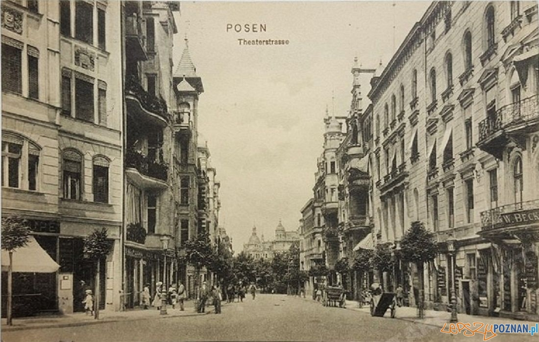 Ul. 3 maja - Teatralna ok. 1905 r.  Foto: fotopolska