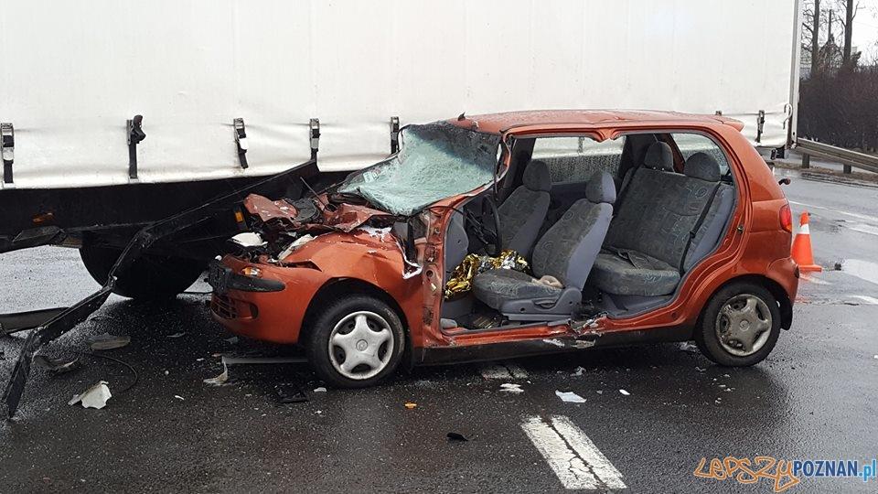 Wypadek w Paczkowie  Foto: Pomoc Drogowa EuroHol