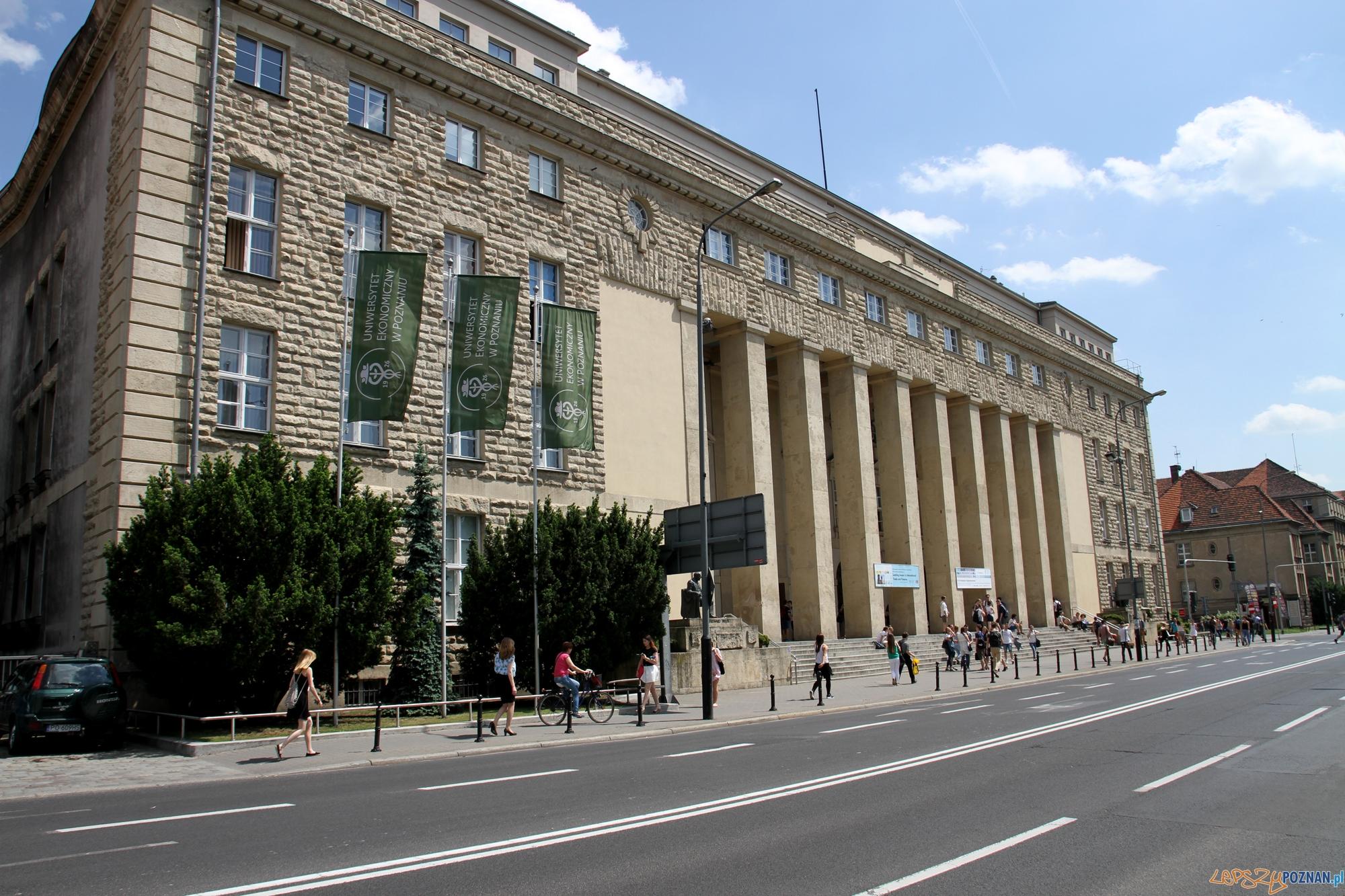 Uniwersytet Ekonomiczny w Poznaniu - budynek głowny przy Al. Niepodległości  Foto: materiały prasowe UEP