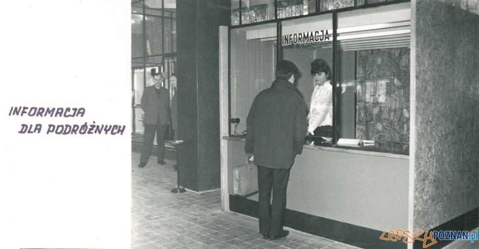 Dworzec PKS (1964)  Informacja  Foto: Archiwum PKS