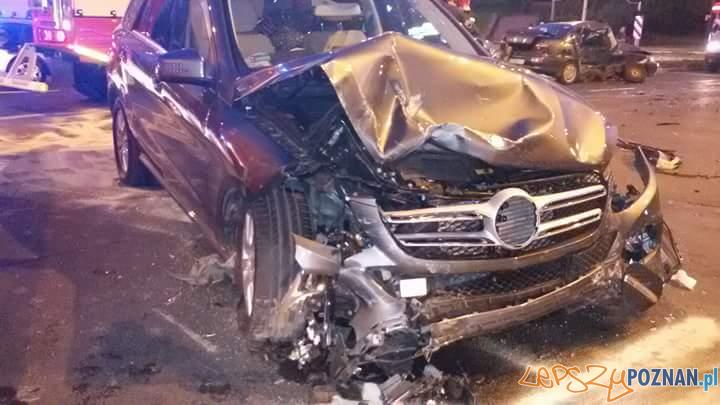 Poważny wypadek na ul. Królowej Jadwigi  Foto: Poważny wypadek na ul. Królowej Jadwigi
