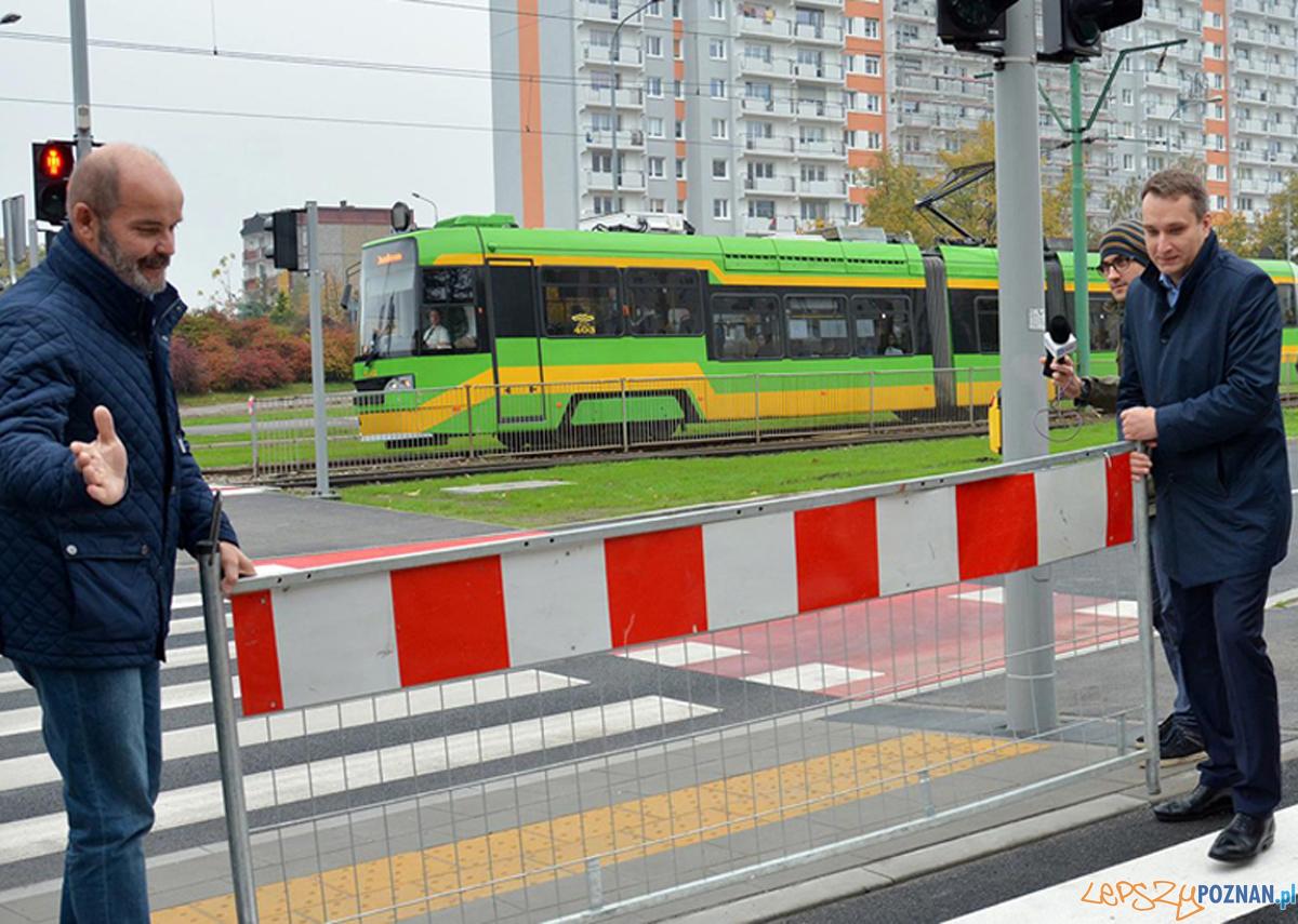 Przejście przy przystanku Żegrze II  Foto: UMP / ZDM