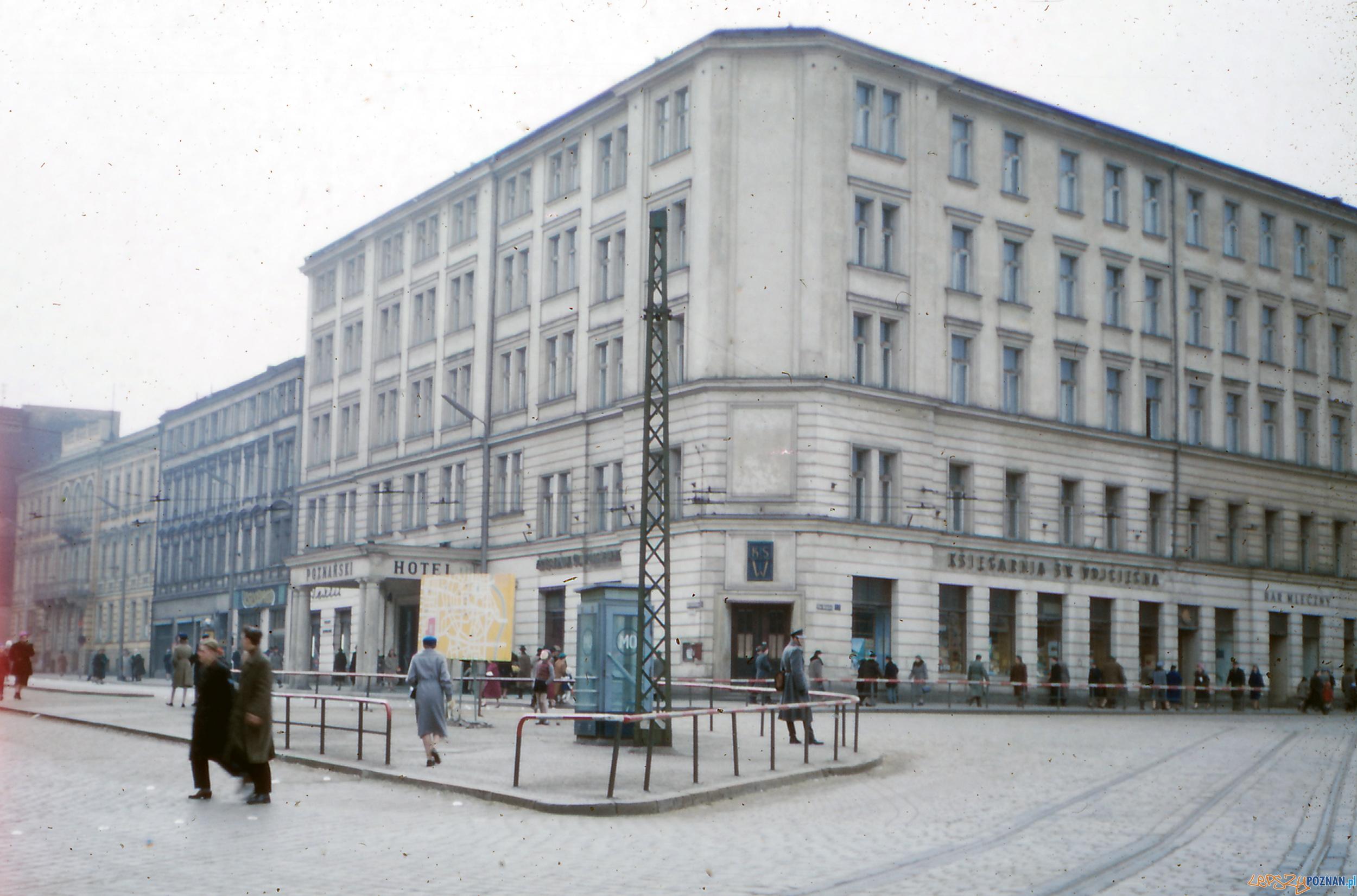 Hotel Rzymski, Aleje Marcinkowskiego - koniec lat 50-tych  Foto: Mogens Tørsleff, kolekcja Gorma Rudschinata / Flickr / CC