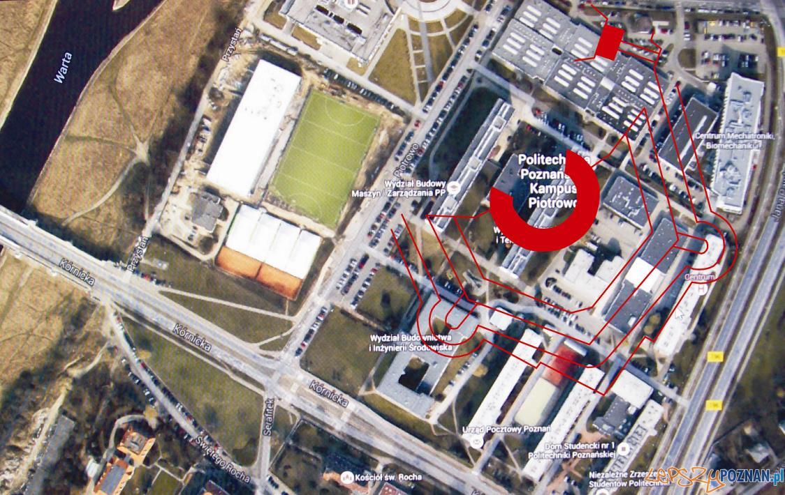 Fort Rauch polozenie  Foto: [Mapy Google, obrys Fortu T. Kanoniczak