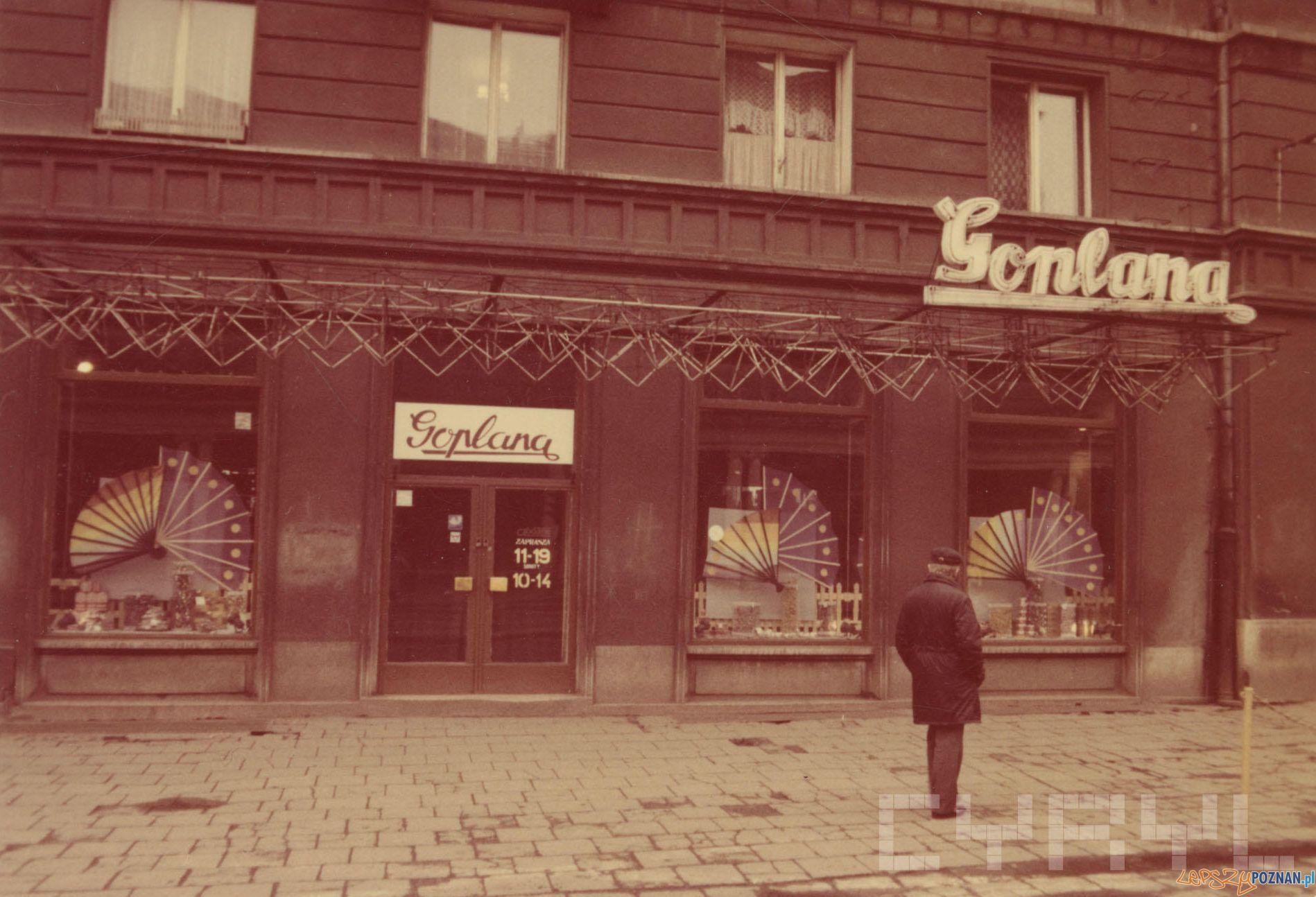 Goplana - Pl Wolnosci 10 - 1989 r.  Foto: PSS Społem / Cyryl