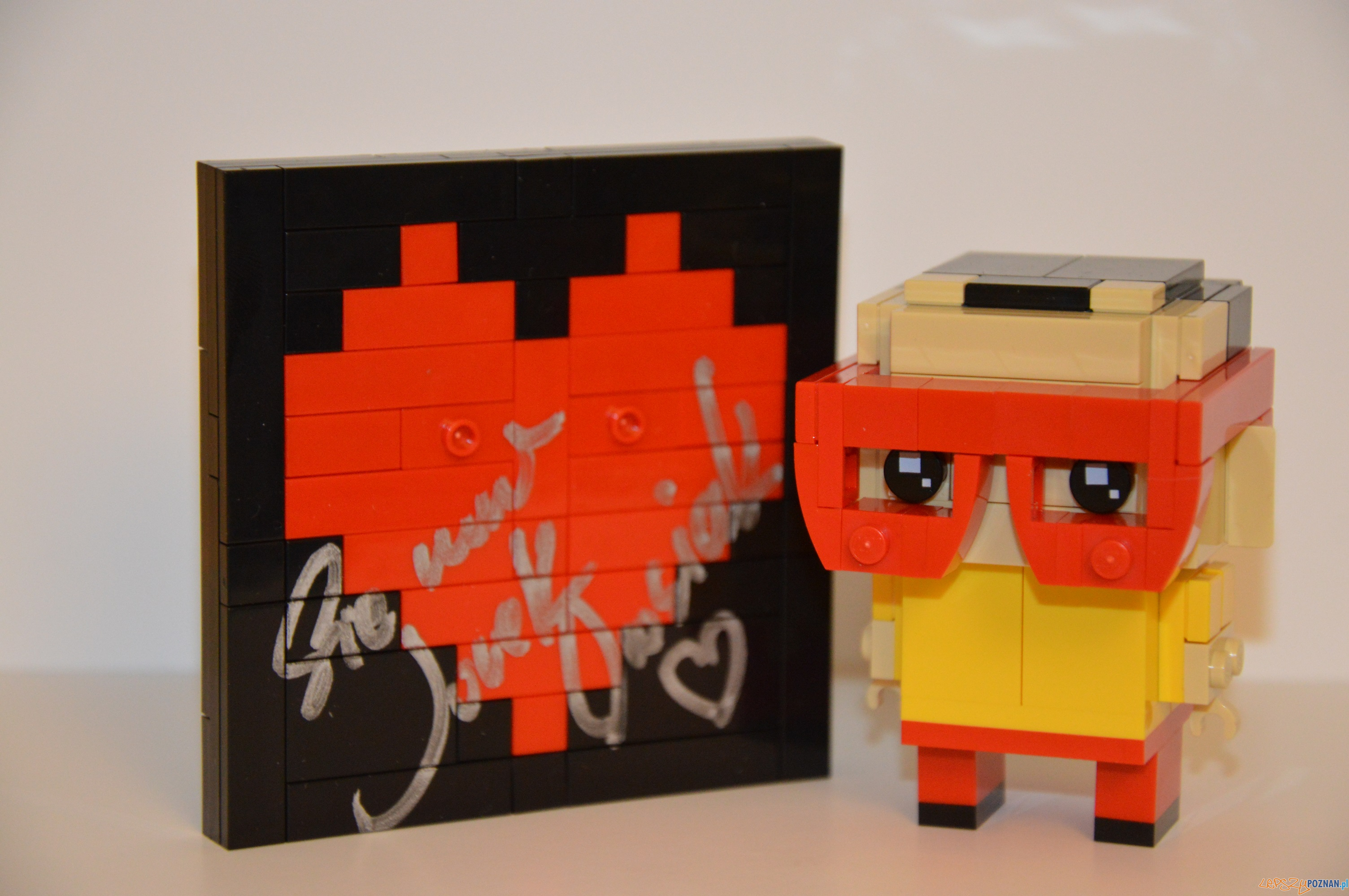 Figurak Jurka Owsiaka z klocków Lego  Foto: materiały prasowe