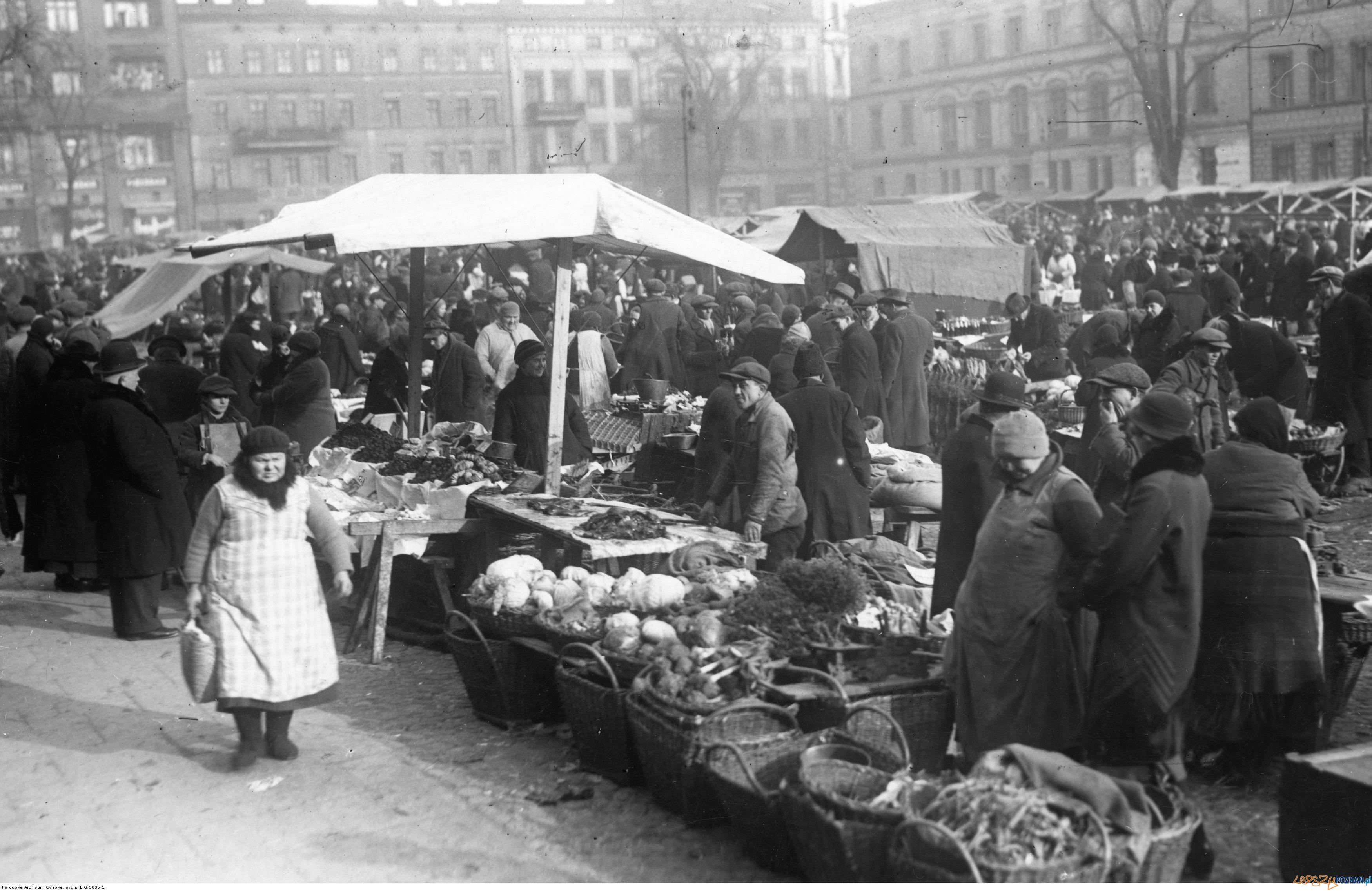 Plac Wielkopolski -  Sapiezynski luty 1934  Foto: NAC / IKC