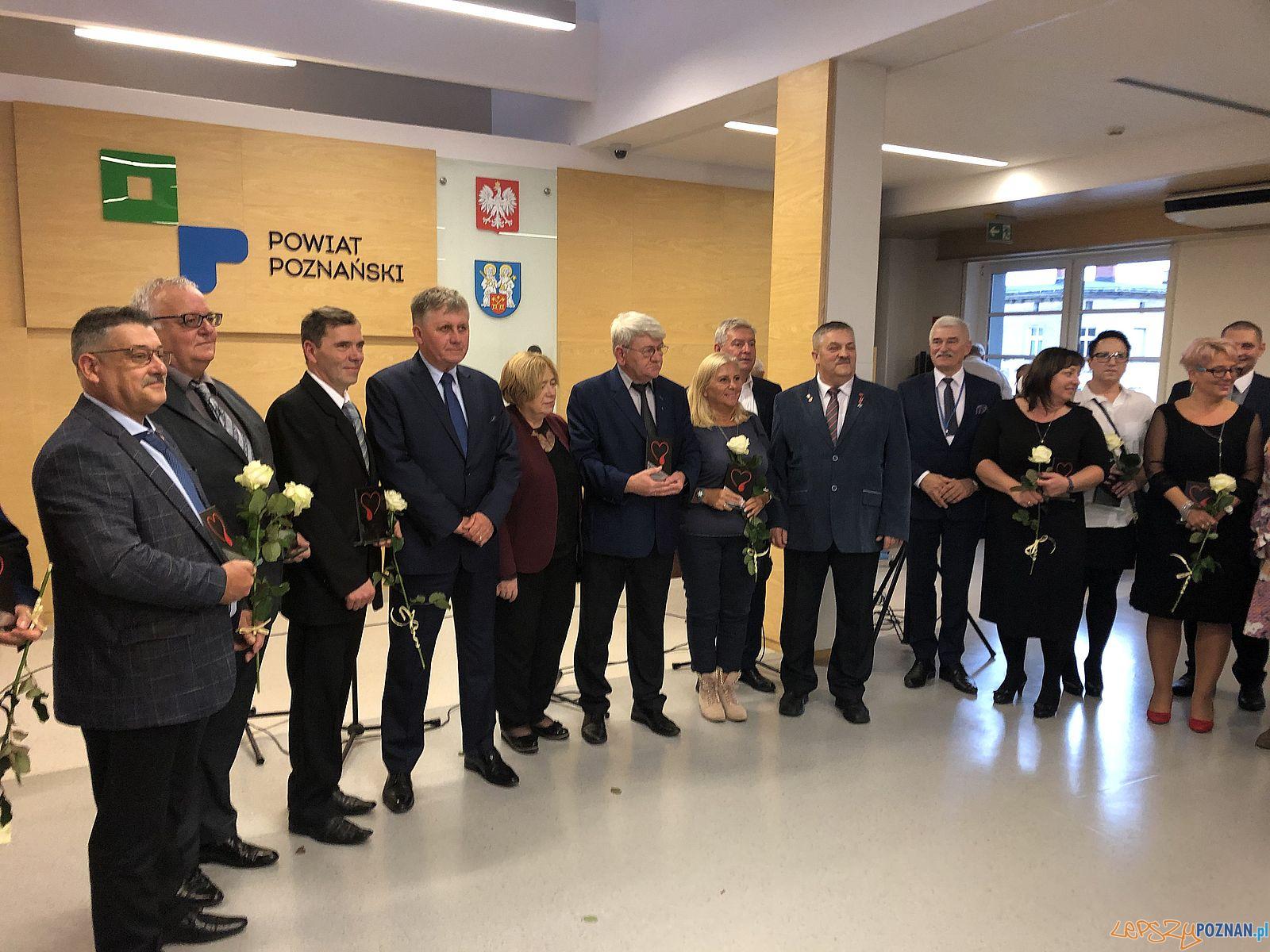 Honorowi dawcy krwi w Powiecie Poznańskim  Foto: Powiat Poznański / materiały prasowe