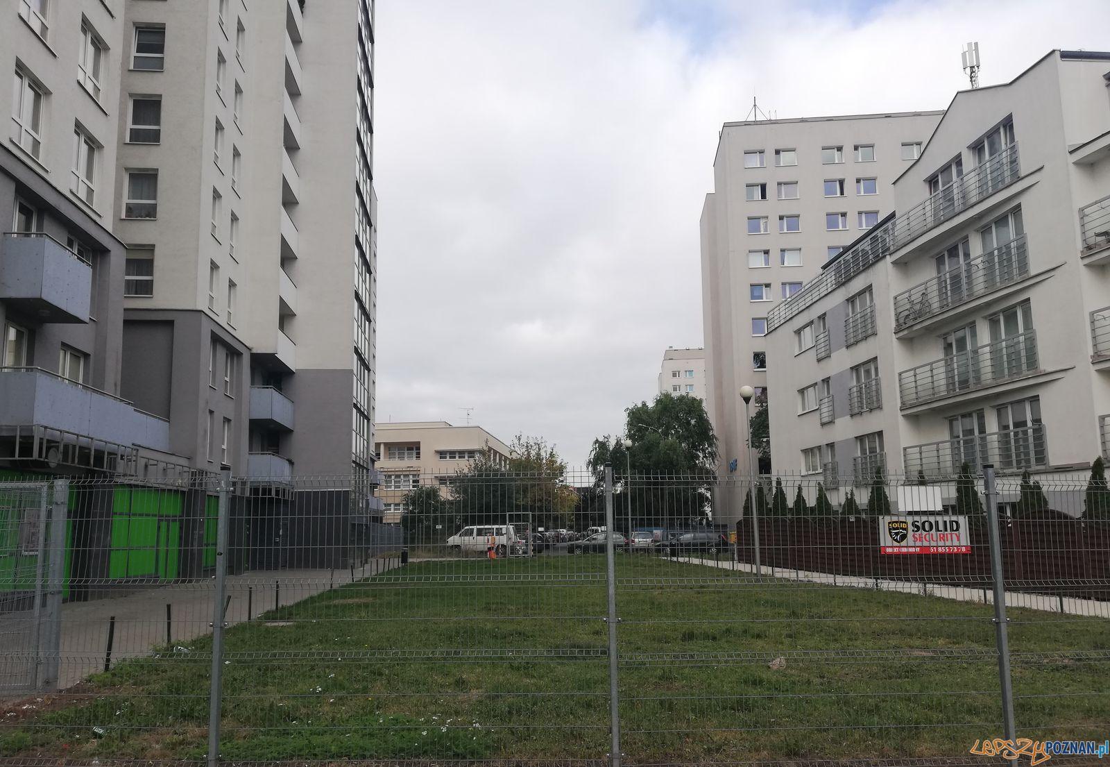 Bloki - mieszkania Poznań Rondo Rataje  Foto: